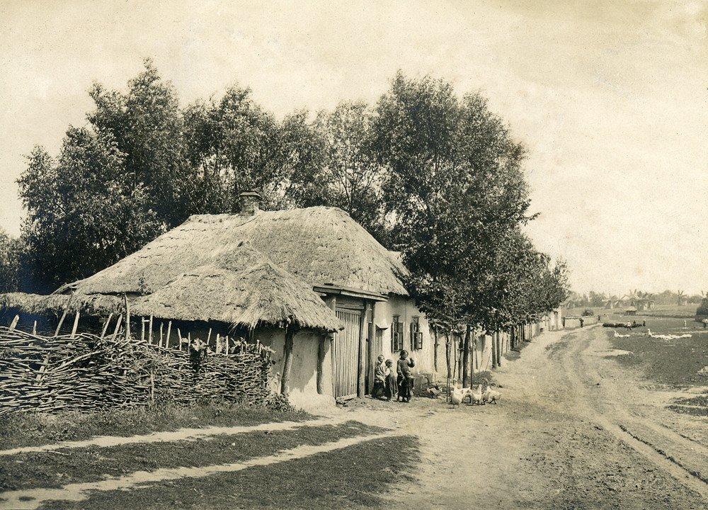 старинные фото казаков хутора мостовой украшались рельефным