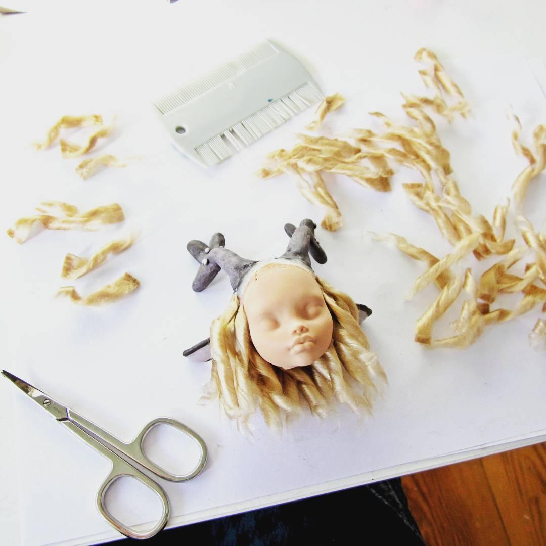 Working those luscious curls #handmade #MonsterHigh #ooak #doll #custom #faceup #dollwig<br>http://pic.twitter.com/DirQ13Le5x