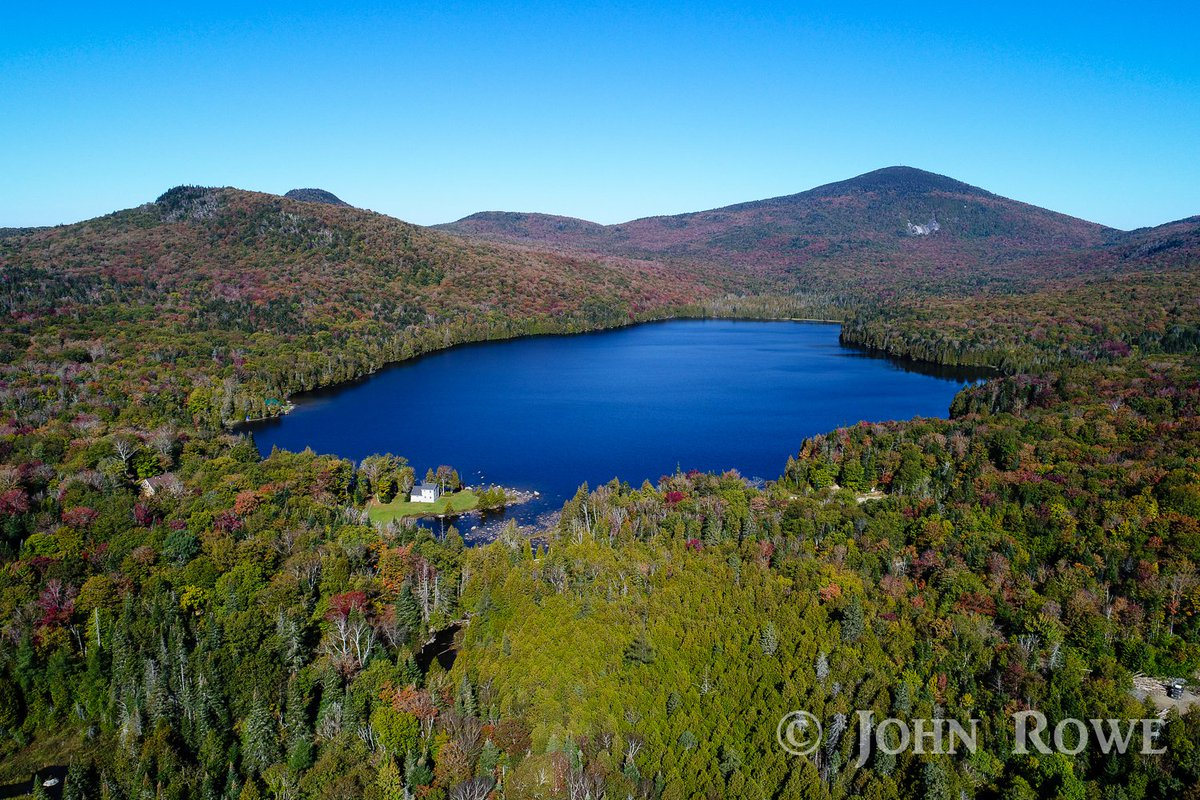 Bald Hill Pond in Westmore #VT yesterday @VermontTourism @TimNBCBoston @wcax @SeanMParker @JimCantore @ericfisher @TomMessner @THISISVT<br>http://pic.twitter.com/5gInVB24B5