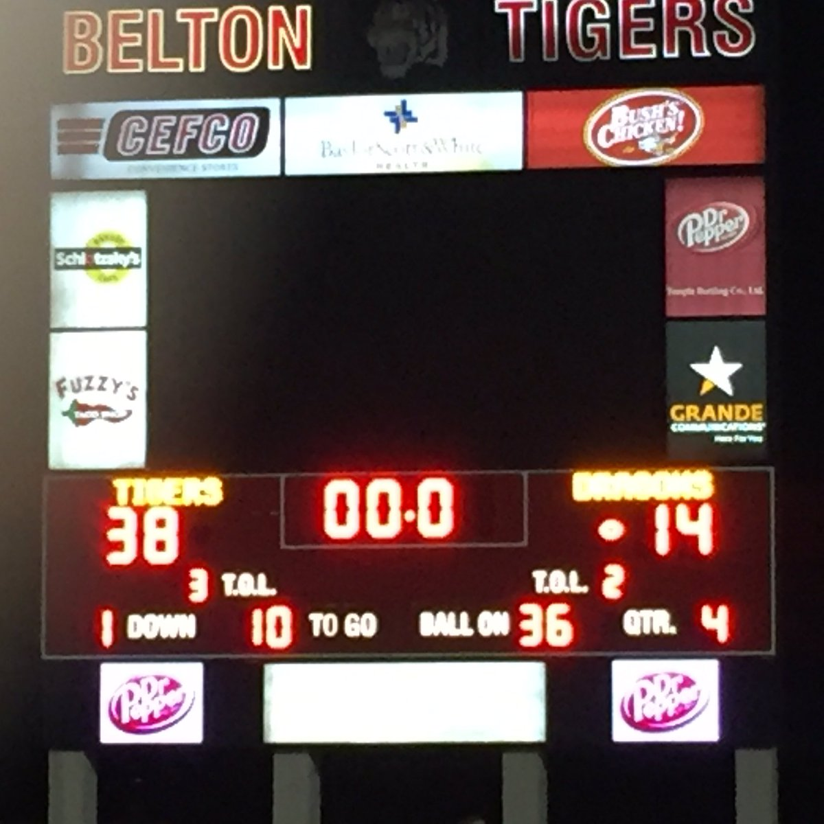 Belated congrats to the Tigers last night. Big win. Let&#39;s keep it rolling into district play. #BOE #Physical <br>http://pic.twitter.com/bKIHDduoXR