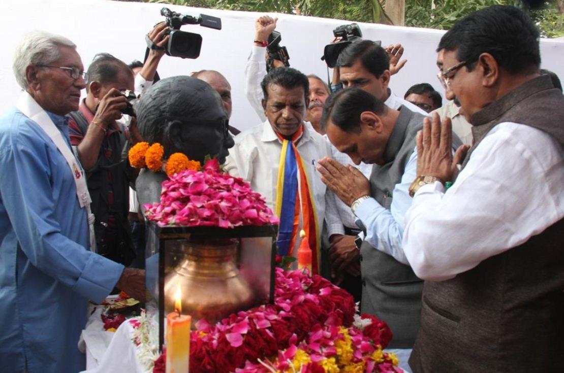 Gujarat CM lays stone of Babasaheb Ambedkar's majestic 'Sankalp Bhumi Smarak' at Vadodara