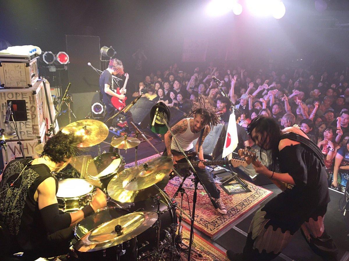 新潟! #astroguitar_rio  #JESSE #NobuakiKaneko #KenKen #RIZE #秋季爆雷 #RIZEISBACK https://t.co/G1CFEOqbhn