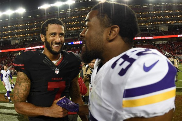 Just so u know @Vikings, I&#39;m a life-long #Vikings fan, &amp; if #SamBradford is out, I&#39;m 100% in support of @Kaepernick7 for QB #ColinKaepernick<br>http://pic.twitter.com/5BLLCmuhz0