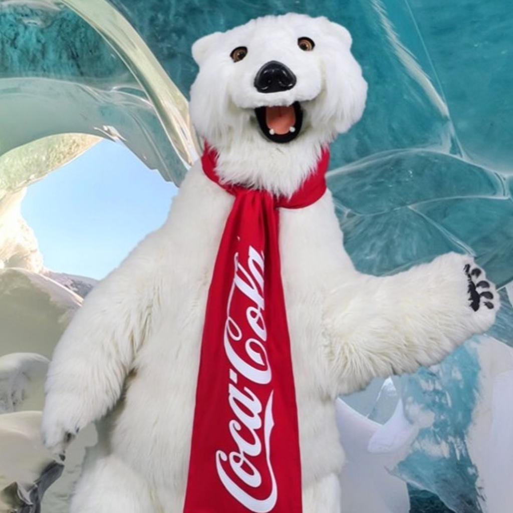 #DidYouKnow you can meet and get a photo with the lovable and furry @CocaCola bear at the Coca-Cola Store? Find him on the second floor!<br>http://pic.twitter.com/DjIdgVoZpT