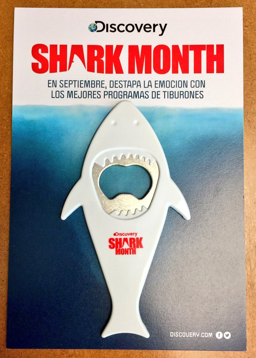 An amazing bottle opener just for sharks fans, inspired by #jaws movie poster @thedailyjaws @jawscast75 @JAWSJAWSJAWSSS @jawsaholic<br>http://pic.twitter.com/l8wthdIxF2