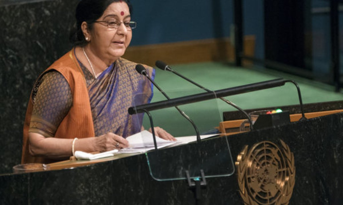 Sushma Swaraj Made India Proud By Slapping #Pakistan On A Global Platform. One Of The Best Minister Ever.  RT If Agree! #SushmaSwaraj #UNGA <br>http://pic.twitter.com/ewIYE684Sk