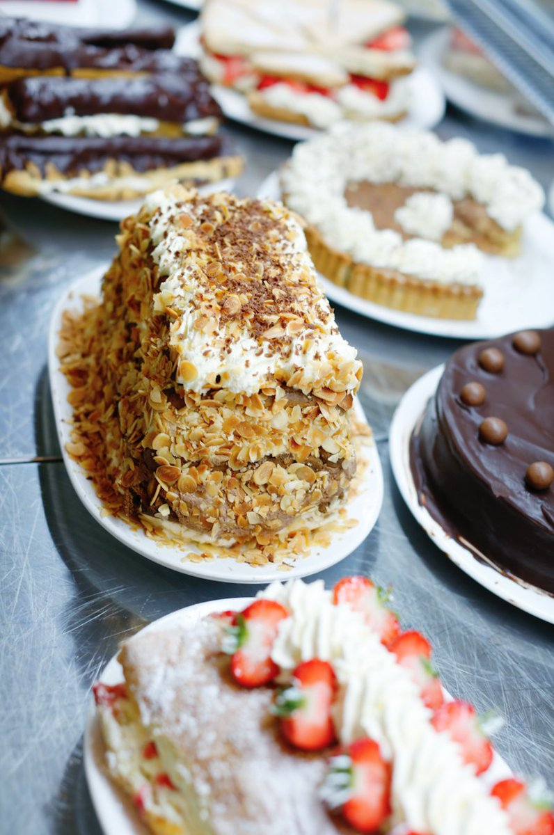 From cheesecakes to eclairs, pavlovas to roulades, we've got something for everyone! #Coffee #Cake #Trevaskis #Cornwall<br>http://pic.twitter.com/KepUzxAwX9