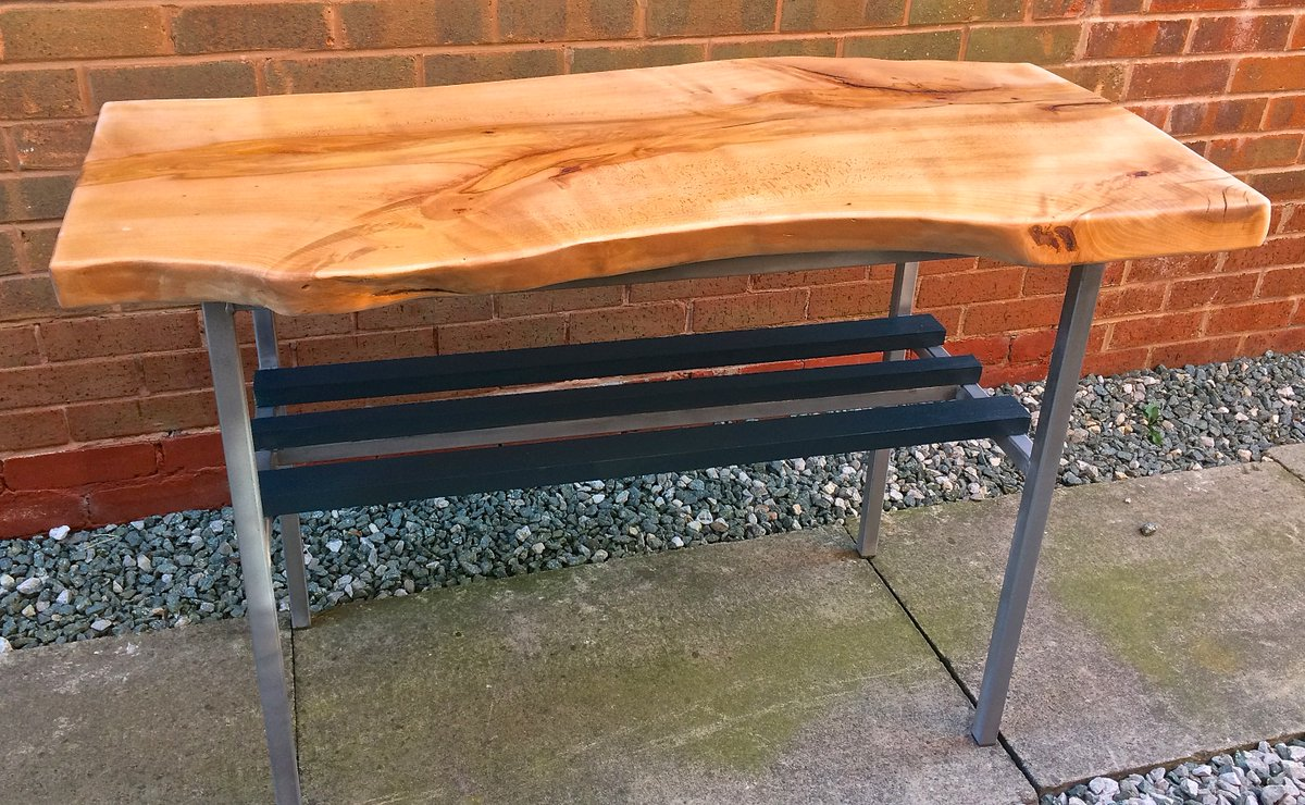 I like the contemporary angles against the waney wood. Just a clear coat to the frame &amp; its finished. #upcycledhour #preloved #Upcycled <br>http://pic.twitter.com/t8m8hxtmdf
