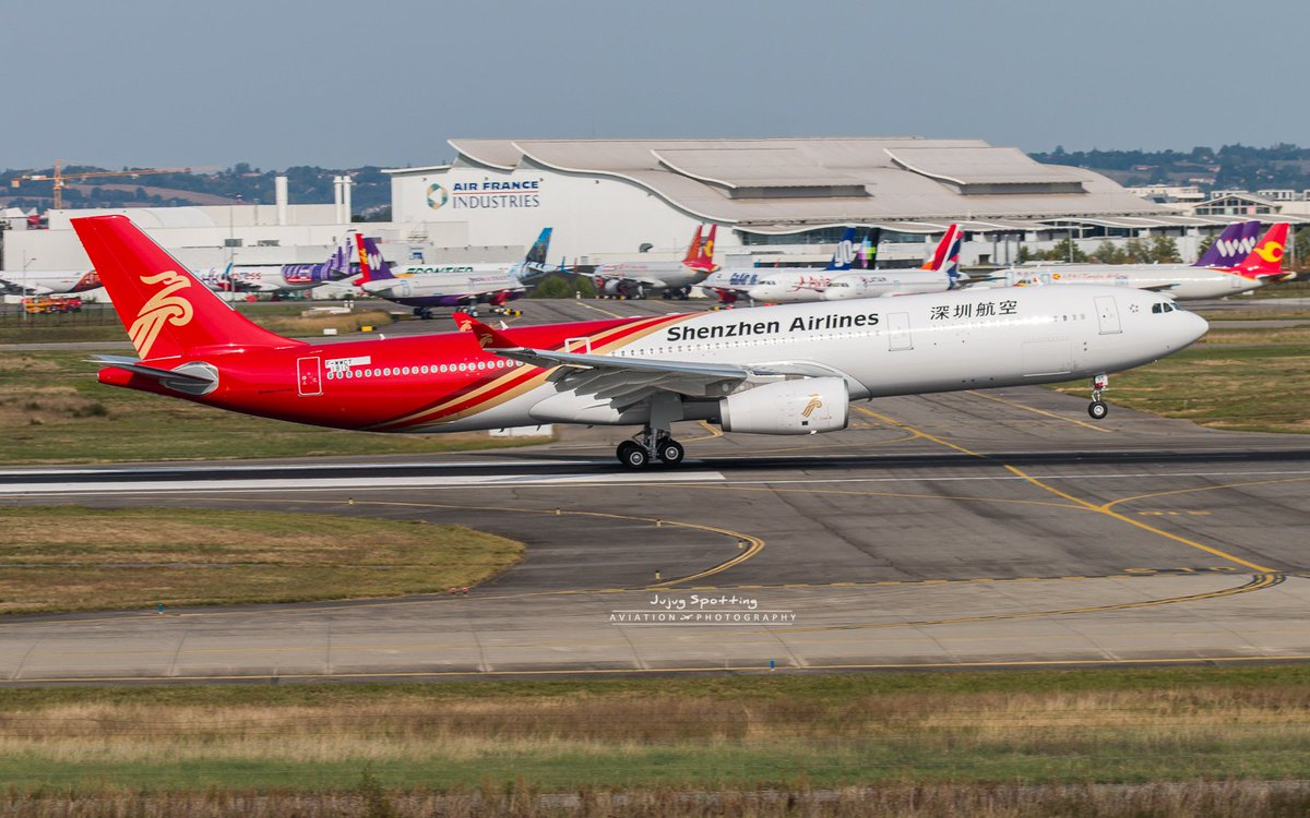 7th flight today for the first Airbus A330 Shenzhen Airlines.  #Avgeeks #Toulouse #Travel #China<br>http://pic.twitter.com/sX6JwnJSOp