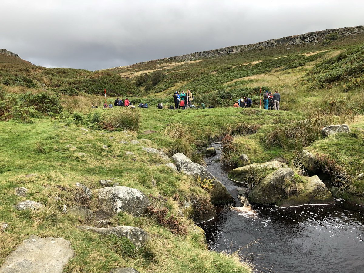 Great day in the Peak District training with @RGS_IBGschools for A-level Physical Geography fieldwork! #GeographyTeacher <br>http://pic.twitter.com/d73JSdB2vJ