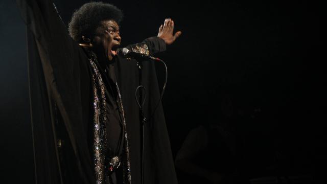 Le chanteur soul américain Charles Bradley est mort à 68 ans https://t.co/zAA2VQ0eRi