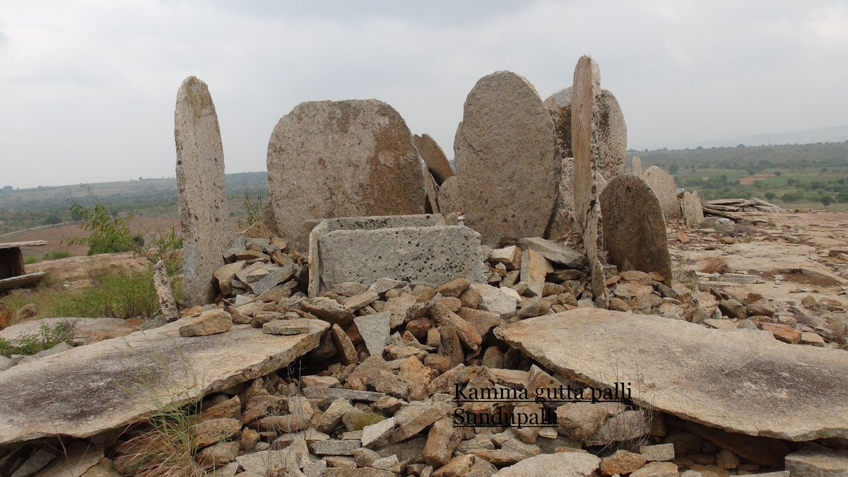 3,000yo Megalithic tombs found in Krishnagiri, India  http:// ow.ly/Mee930fn4qL  &nbsp;   #archaeology #Asia <br>http://pic.twitter.com/xRm32nboFr