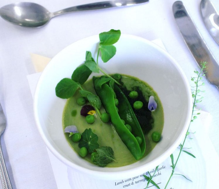 Give peas a chance: why 2017 is the year of the pea...   https:// hubs.ly/H08FQdy0  &nbsp;    #food #peas #foodie<br>http://pic.twitter.com/UWAXWT2gnR