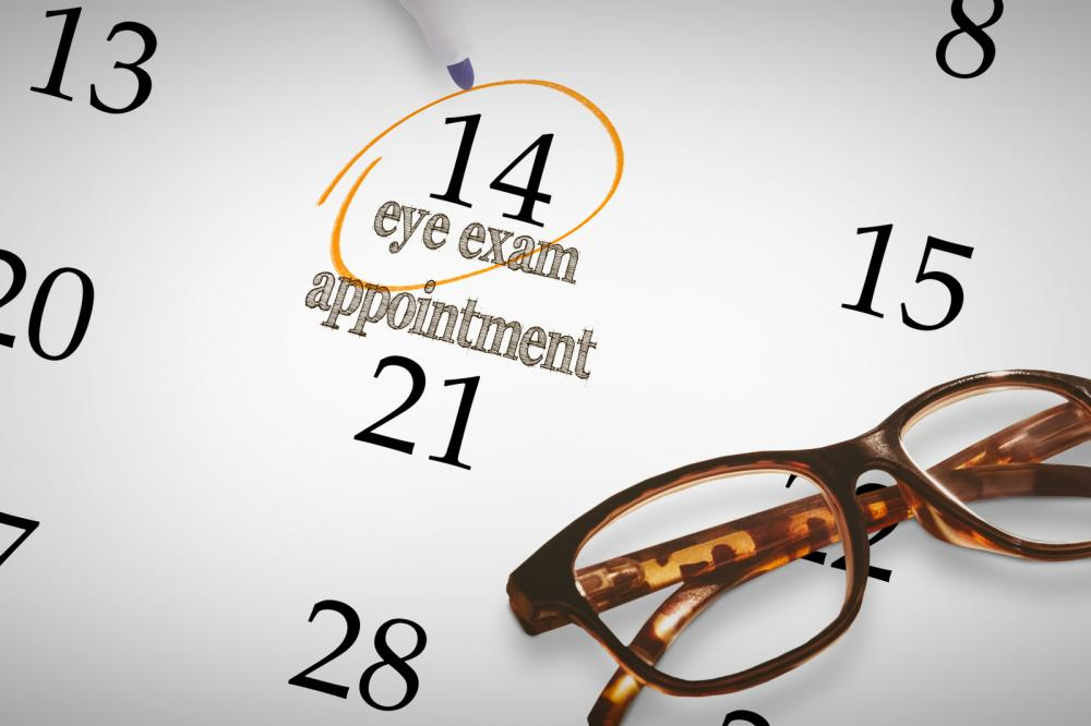 Let&#39;s clear up some myths about #EyeExams.  http:// qoo.ly/hym72  &nbsp;  <br>http://pic.twitter.com/TlstLYOq55