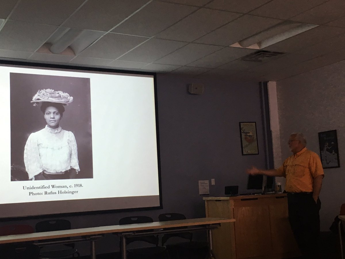 &quot;This is a photograph of a woman from a community who created life out of death&quot;- talk by @johnedwinmason on #Charlottesville Black history <br>http://pic.twitter.com/dOMbkffTZC