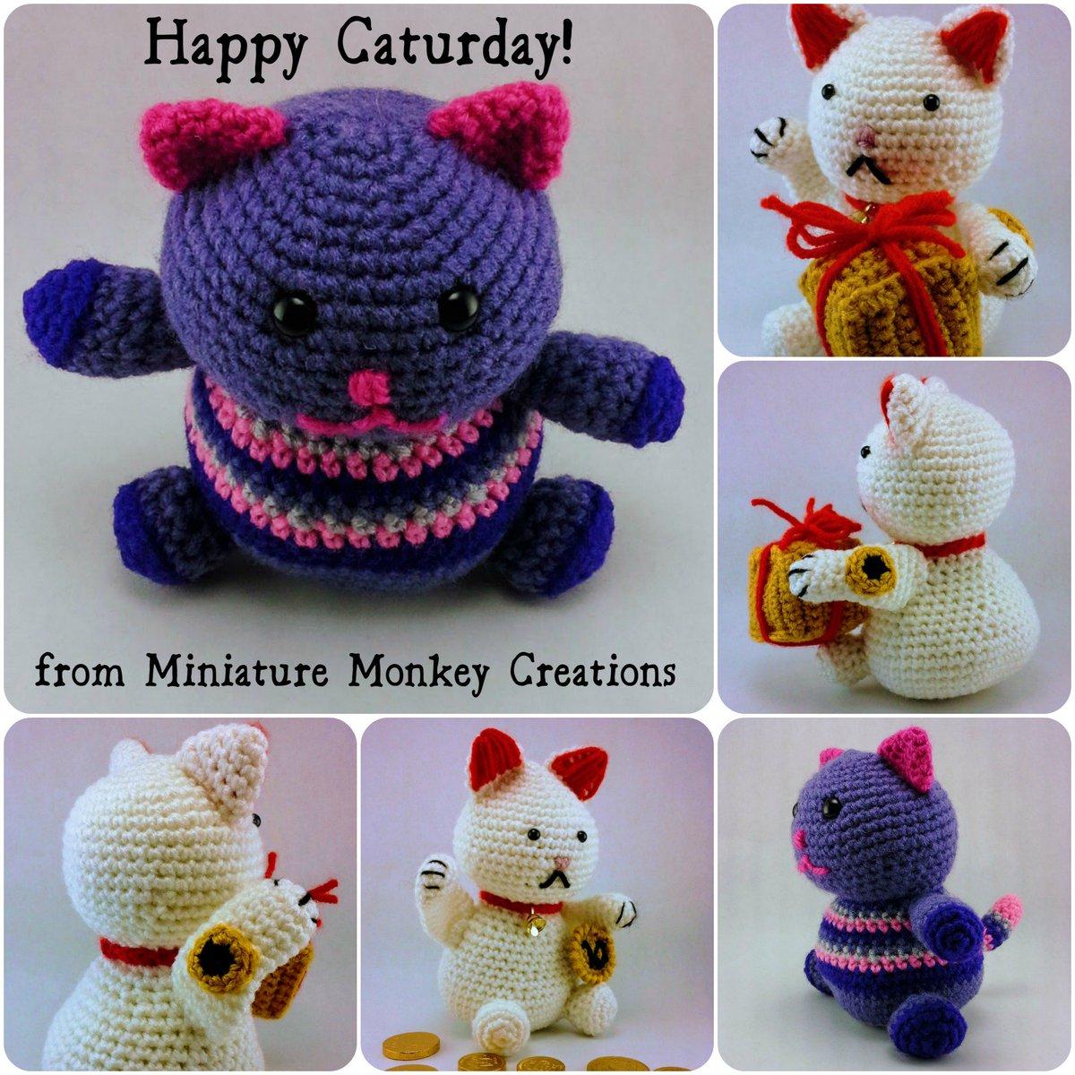 Little Fat #Kitty and #Lucky #Cat wish you a Happy #Caturday!  https:// goo.gl/Rl9RSg  &nbsp;   #handmade #vegan #custom #Zibbet<br>http://pic.twitter.com/uHfZAv25d2