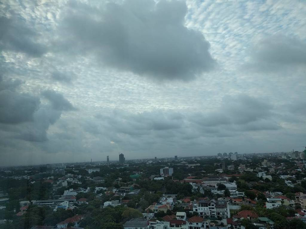 test Twitter Media - Seems like Sri Lanka is even sad to see me leave! #wccmb #WCColombo #wccmb2017 #WordCamp #Colombo #SriLanka #Sky #… https://t.co/1UE8uApAm1 https://t.co/Q2nibpqAsl