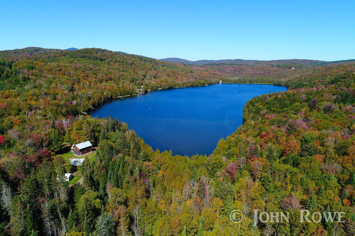 Center Pond Newark #VT from Friday afternoon.@VermontTourism @TimNBCBoston @wcax @SeanMParker @JimCantore @ericfisher @TomMessner @THISISVT<br>http://pic.twitter.com/TWMJePTvtM