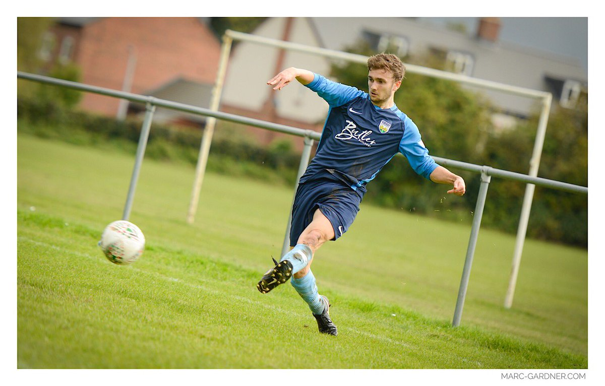 Forget #motd Images from the @FAWales cup tie @hawardenrangers (4) V @Acton_FC (0) are now upload  http://www. marc-gardner.com/football  &nbsp;  <br>http://pic.twitter.com/742BhJw9LT