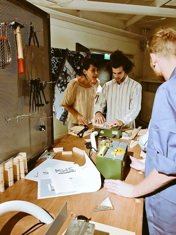 Hundreds of design lovers got creative at #BrabantNacht in #Eindhoven. For example during this design workshop!  by @RolfPepers<br>http://pic.twitter.com/XgGmS3LFYl