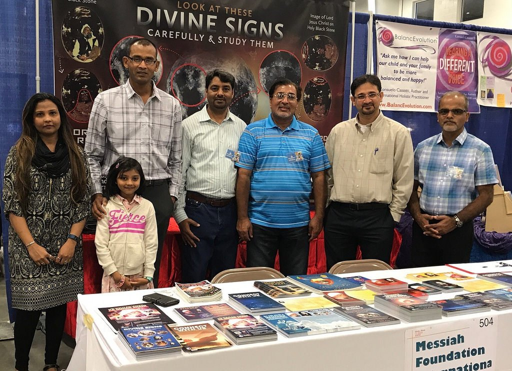 Messiah Foundation at the #Body, #Mind and #Spirit #Expo in #Columbus, #Ohio!  http://www. theawaitedone.com/activities/201 7/09/22/messiah-foundation-at-the-body-mind-spirit-expo-in-columbus-ohio &nbsp; …  #USA<br>http://pic.twitter.com/7qv2CqGr3J