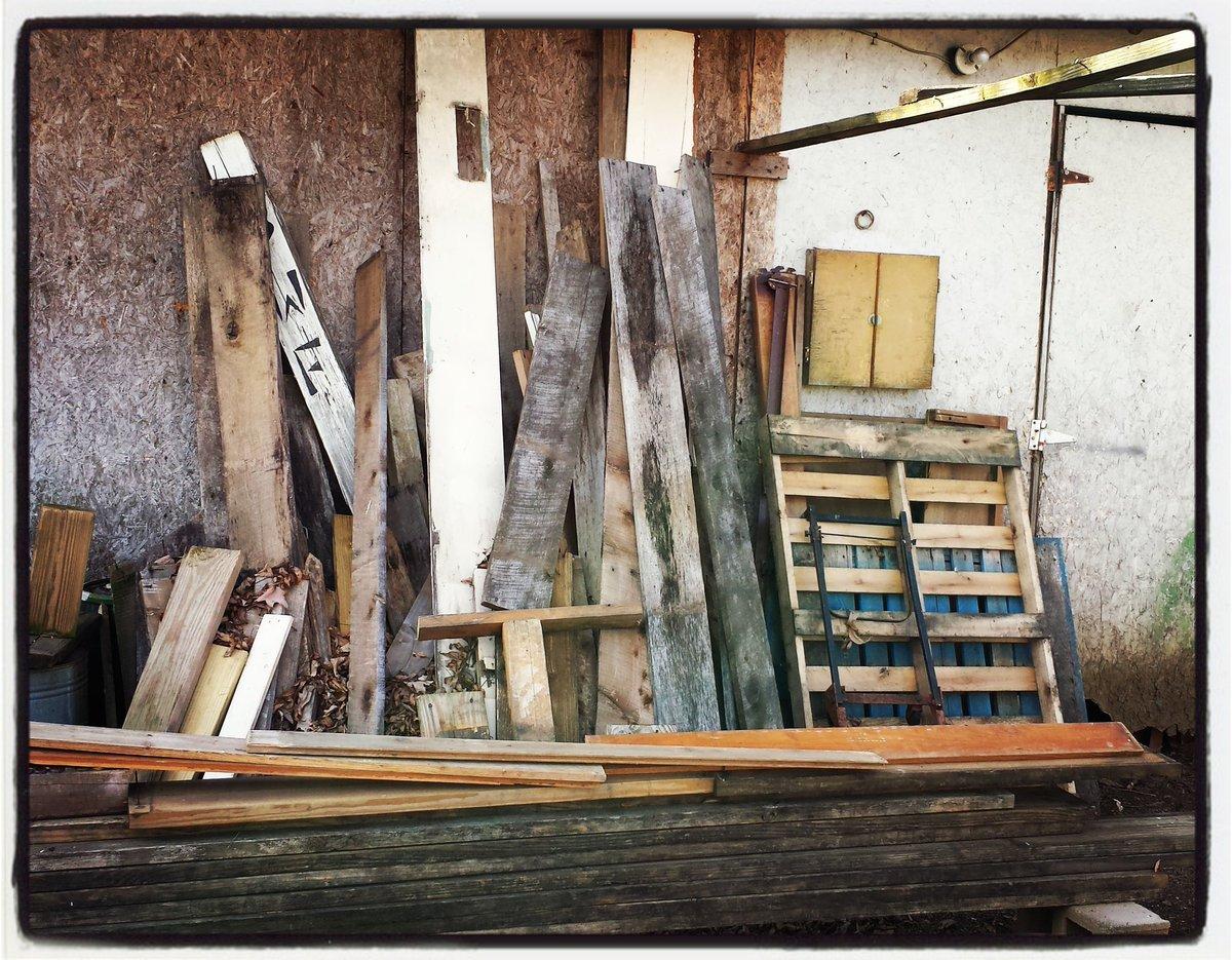 #wood to make more #diy #handmade #woodwork ! :D  #ArtisanPirate #craftsman #artist #woodworking #maker #single #woodworker #carpenter<br>http://pic.twitter.com/MpDgC111sZ