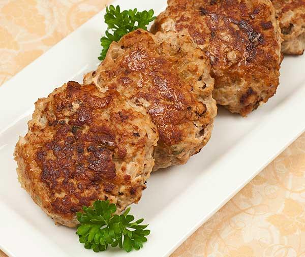 Turkey patties that are moist and yummy!  http:// rafitclub.com/sweet-potato-t urkey/ &nbsp; …  #HealthyLiving #HealthyEating #lifestyle #fitness #rafit #rafitclub #turkey<br>http://pic.twitter.com/Ab8bsCf0cq