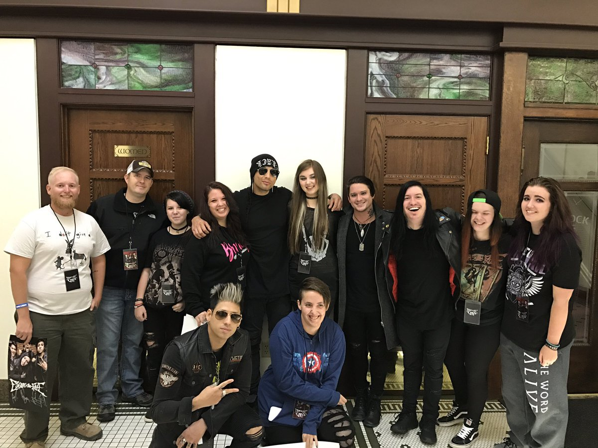 Escapethefate on twitter meet greet with fans in billings mt escapethefate on twitter meet greet with fans in billings mt go to httpst84vest4wh4 to purchase your vip meet greet tickets m4hsunfo