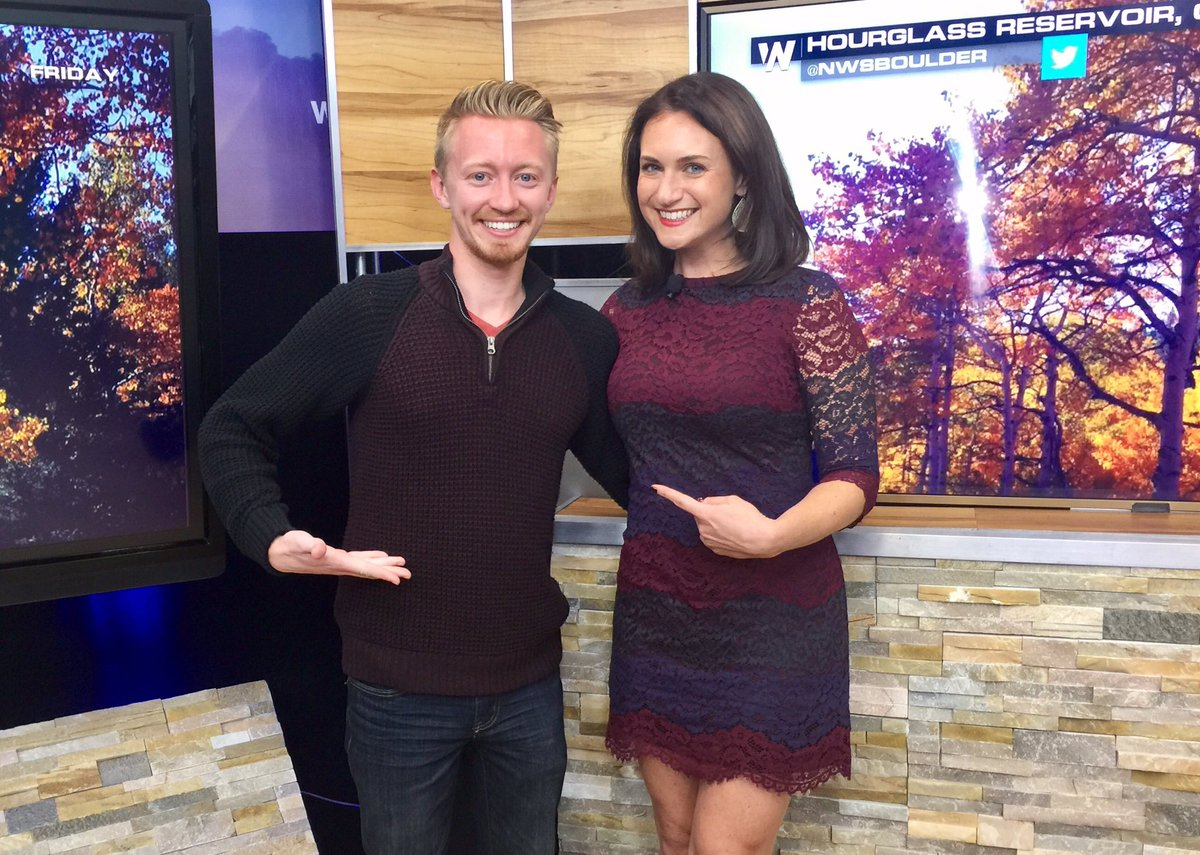It&#39;s chilly in #Denver this weekend! @GarofaloWX and I are ready for #fall at @WeatherNation.<br>http://pic.twitter.com/59AnVQD2Zx