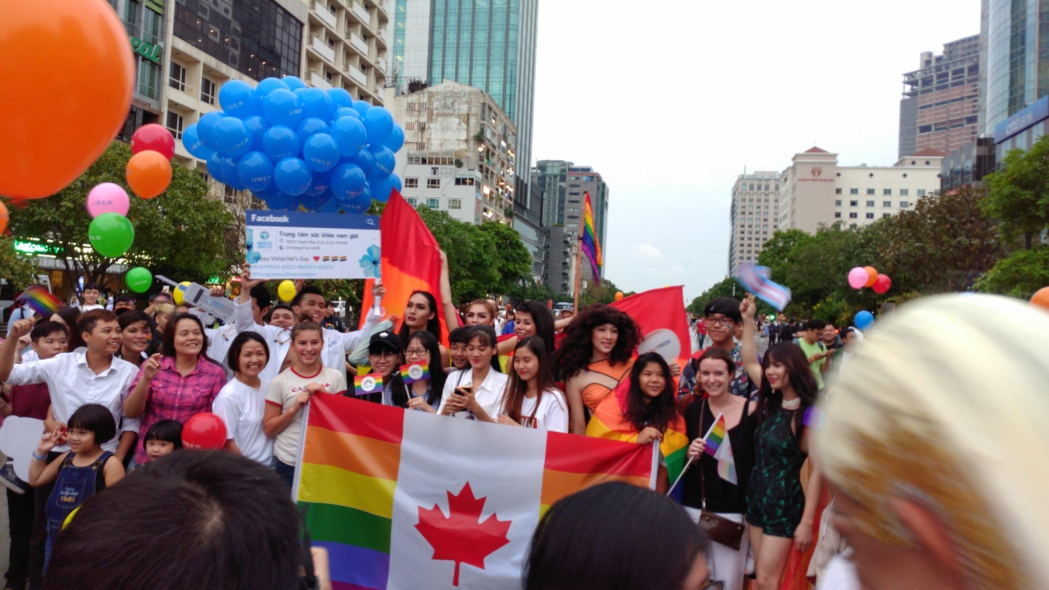 "Kyle Nunas on Twitter: ""Sharing our pride. Proud to be Canadian. @vietpride  #vietpride… """