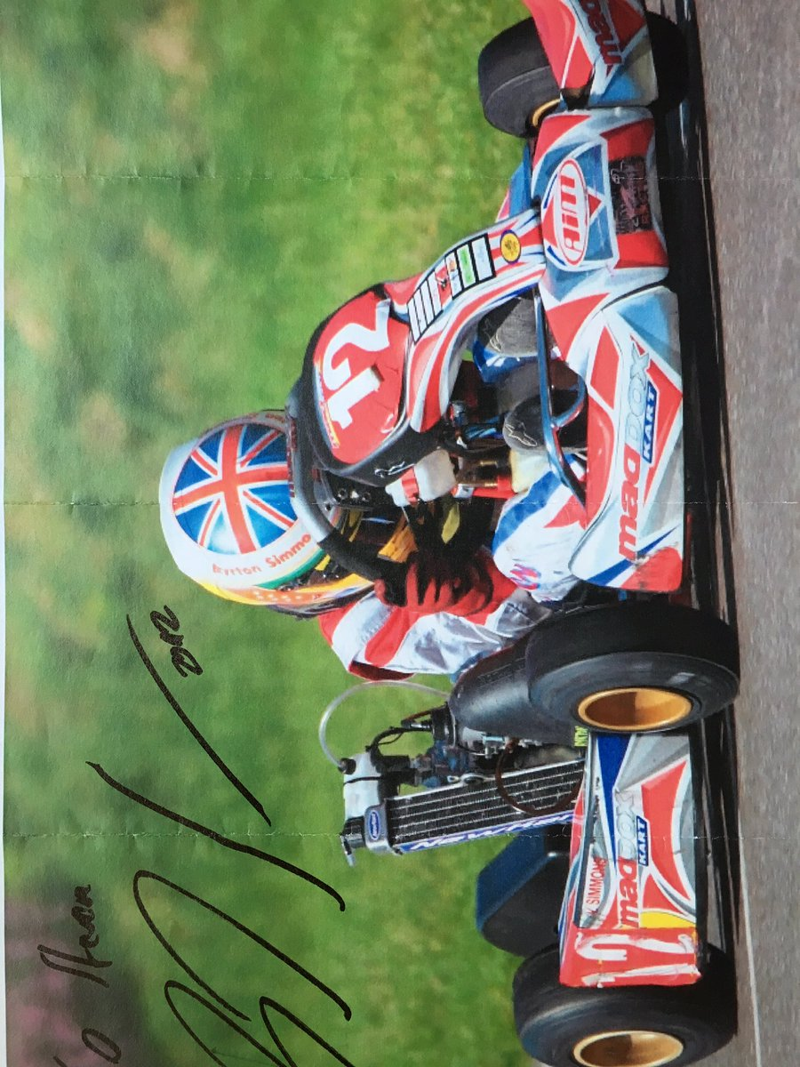 Total commitment at 11 signed by @LewisHamilton BNL #genk #teamlh  #f1 #malaysiagp #coys #lh44 #nascar #brdc #sunday #rotax #thfc #esjfamily<br>http://pic.twitter.com/RRFPFclWj9