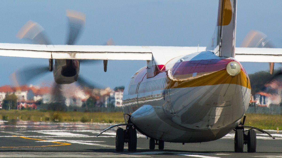 #BuenosDias Are you ready to #fly? #VueladesdeHondarribia con @ATRaircraft @AirNostrumLAM operando para @Iberia y @vueling  @DonostiAir<br>http://pic.twitter.com/Kns7M4GFsm