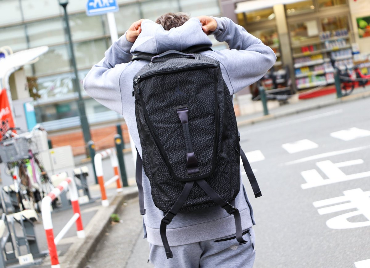 4b408a006e582a Jordanブランドより、大容量バックパック「Shield Top Loader Backpack」が登場!  練習着やシューズを収納でき、他にもポケットが多く使い勝手が良いです♪ バスケ用具 ...