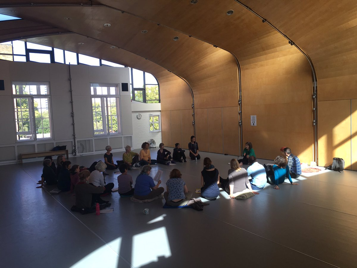 Starting our second big weekend day with a morning workshop about Natural Vision by Katrina Patterson #Feldenkrais #eyesight <br>http://pic.twitter.com/BDZAOpc3ik