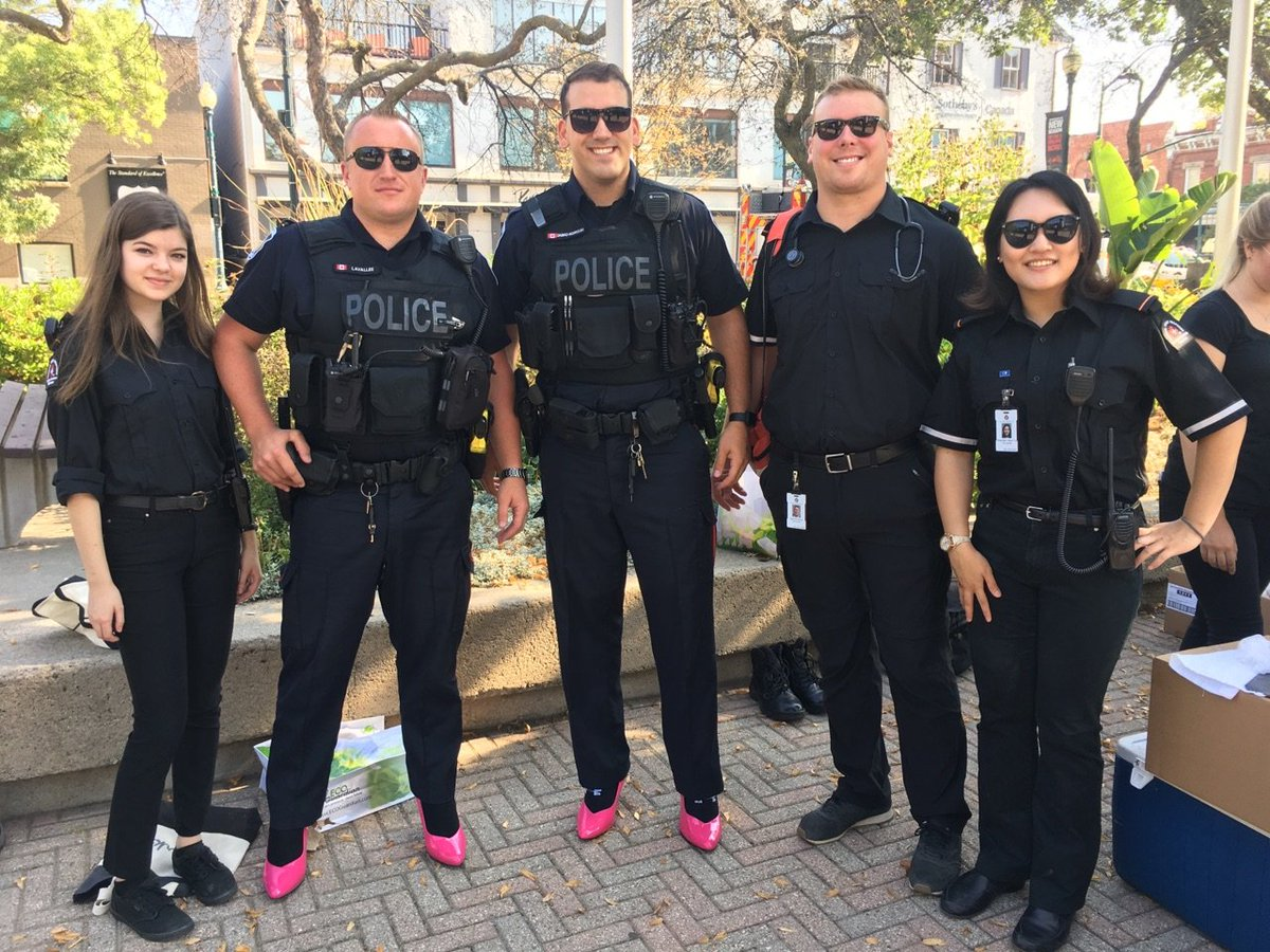 Looking good @HRPSOak ! Hope in High Heels supports @HaltonWomensPl  - check them out to learn about their great work #community #SJA<br>http://pic.twitter.com/Xmc5omQXe2