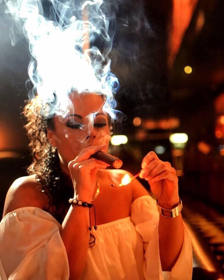 Cigar smoking sex fetish pics