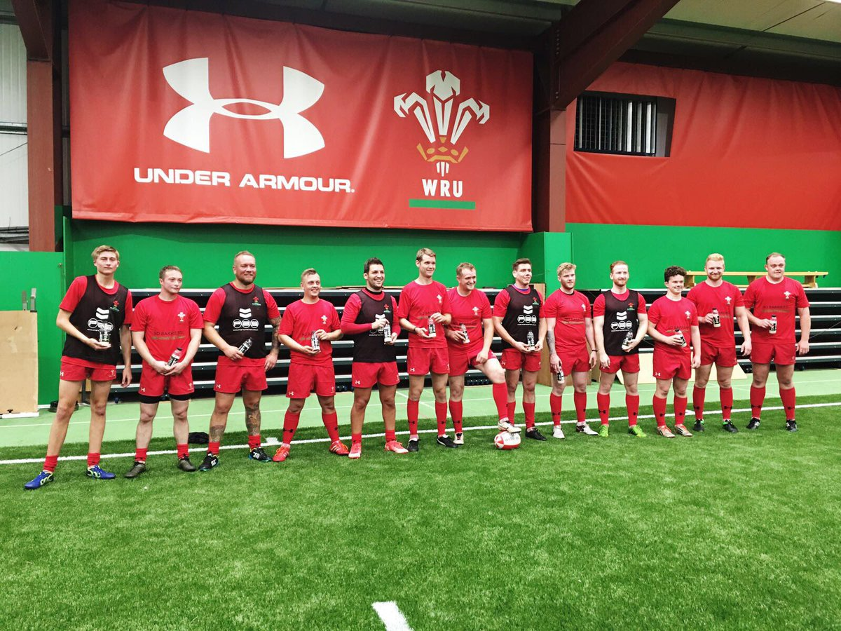 That's a wrap. Good training with @WelshRugbyUnion deaf squad. @Ben__Pullen Thanks @ProAthleteSupps for keeping the boys fuelled #WRU #pas<br>http://pic.twitter.com/OwjXvkPArt