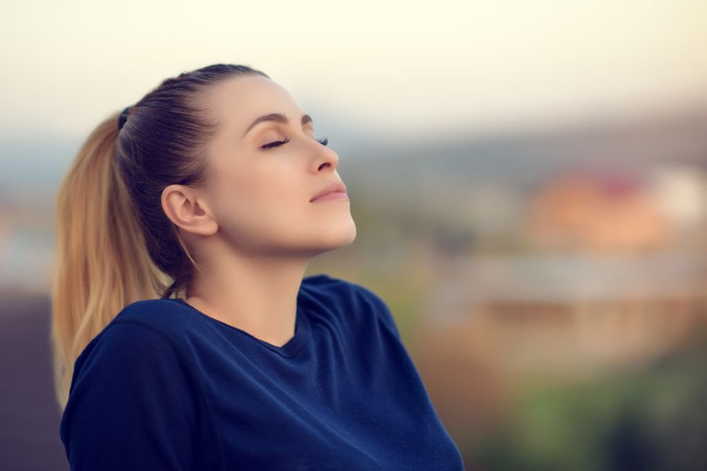 Too stressed to meditate? Here is a 10-Step Beginner&#39;s Guide to #Meditation #calm #stress #yoga #wellbeing  https:// buff.ly/2hs8PSa  &nbsp;  <br>http://pic.twitter.com/qBSmWi7S82
