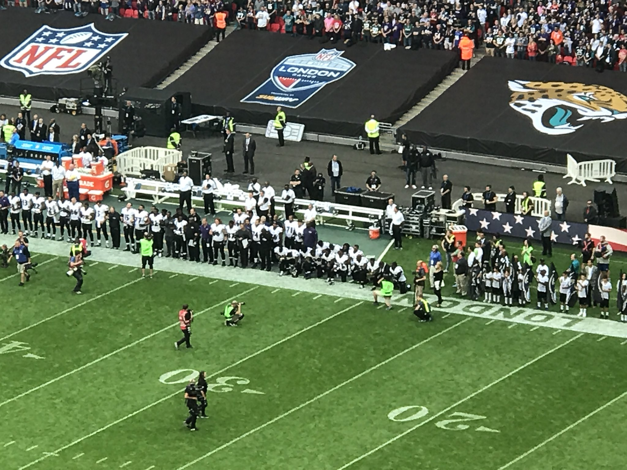 RT @ThatChris1209: Group kneeling for the anthem on the Ravens sideline. First of a big day #NFLUK https://t.co/lk9QdDHZ6h