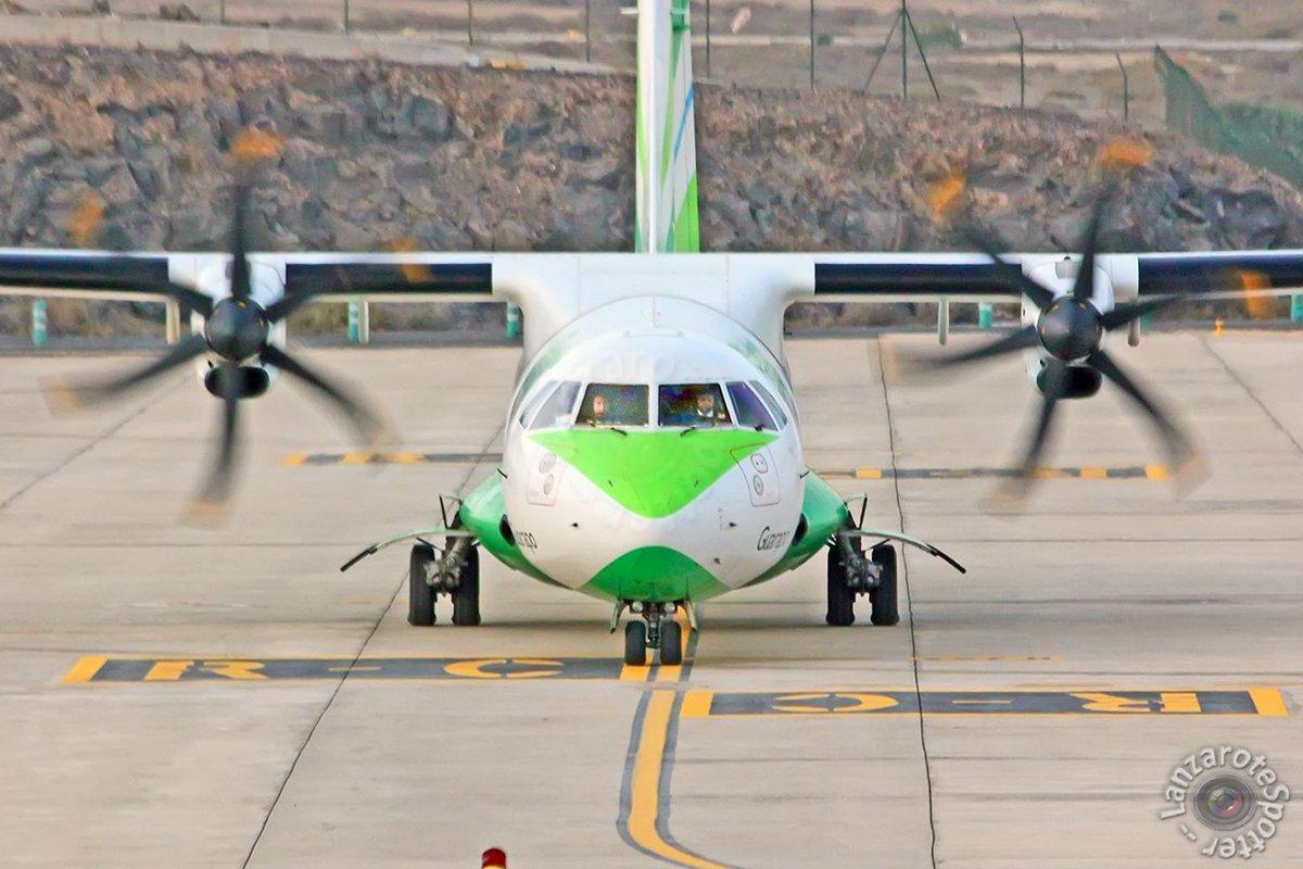 23-09-17 #ECKYI @Bintercanarias @ATRaircraft #AT72 at @ACE_Aeropuerto #Lanzarote #planespotting by @ACE_spotter #guarapo #avgeek #facetoface<br>http://pic.twitter.com/2qiZ6O9yRk
