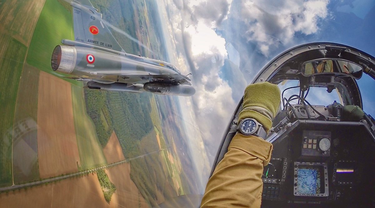 Last flight...next in 2018 #meeting #pilot #aircraft #air #airshow #military #militaryaircraft #flight #avgeek #watch #mirage ©Couteau Delta<br>http://pic.twitter.com/cXpi5KKPyp