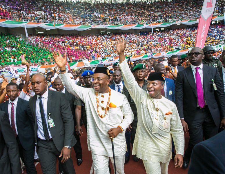 It takes grace to be loved. I love PYO!    RT if you equally love our wonderful Vice President #GreatTeam #colours #AkwaIbomAt30  luv yah<br>http://pic.twitter.com/yXzhtVVq0s