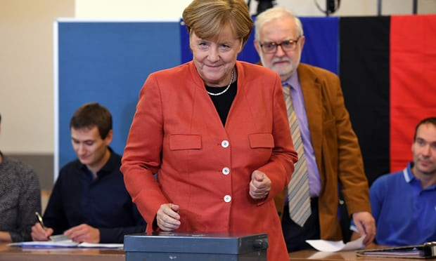 #BREAKING:LEADER OF THE FREE WORLD #AngelaMerkel WINS RE-ELECTION!! #TheResistance #CNN #MSNBC  https://www. theguardian.com/world/live/201 7/sep/24/german-elections-2017-angela-merkel-cdu-spd-afd-live-updates?CMP=Share_iOSApp_Other &nbsp; … <br>http://pic.twitter.com/YsRLfxvg1i