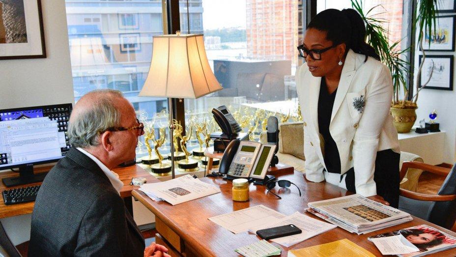 #Oprah teases her new @60Minutes correspondent gig: https://t.co/4EXZUExcLC https://t.co/LeFEVqHQlC