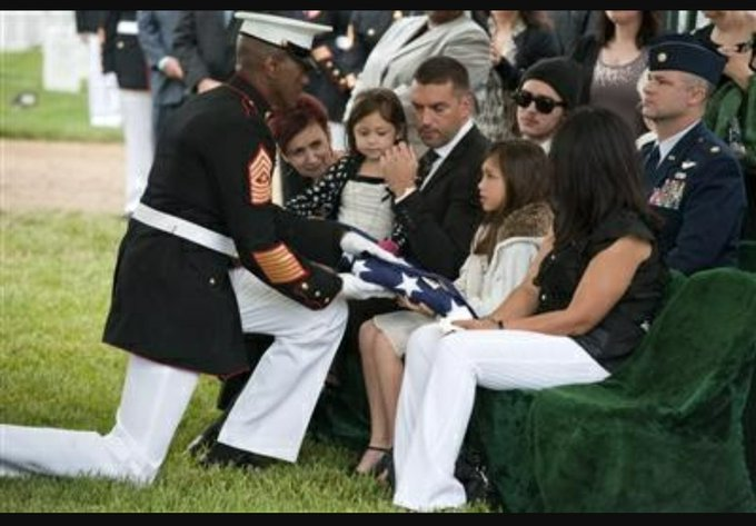 This is how real American Warriors #TakeAKnee for the flag.    Heros d...