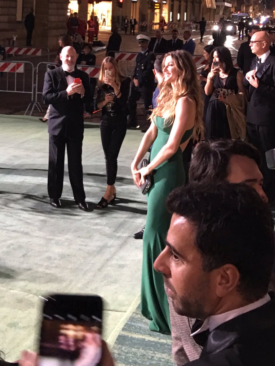 Gisele walking the green carpet at #gcfaitalia