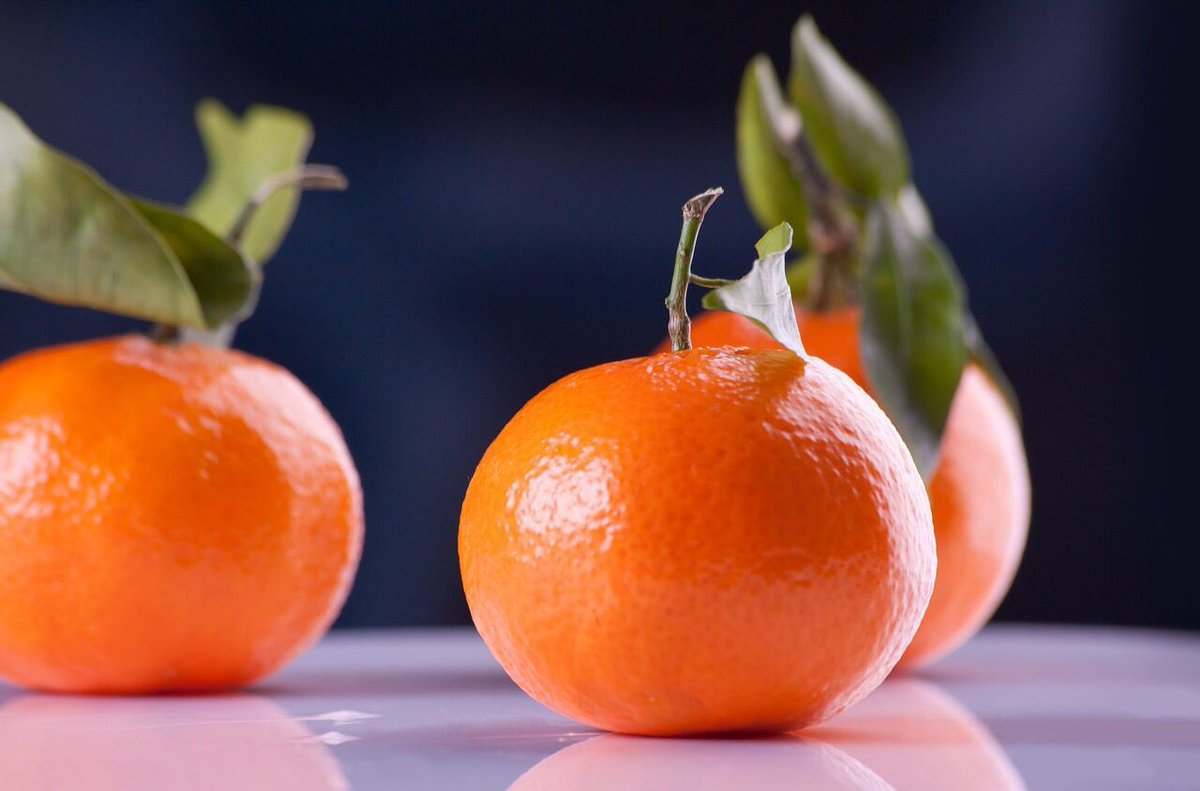 Use of aspirin,#smoking,&amp; air pollution increase your body&#39;s need for #VitaminC <br>http://pic.twitter.com/JZu4Lj3haK