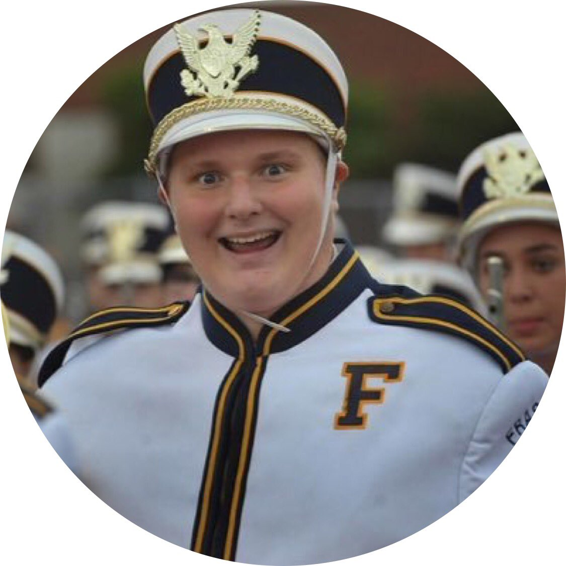 1000 retreats and I&#39;ll wear my marching uniform to prom. #prom #RetweeetPlease <br>http://pic.twitter.com/i7KOxIrwHF