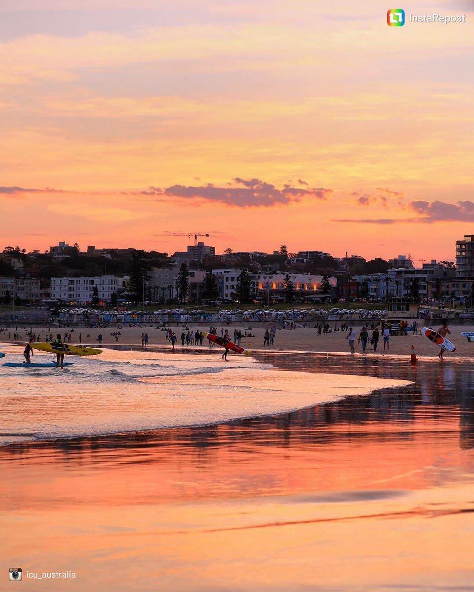 Se pone el sol en #BondiBeach #Australia...