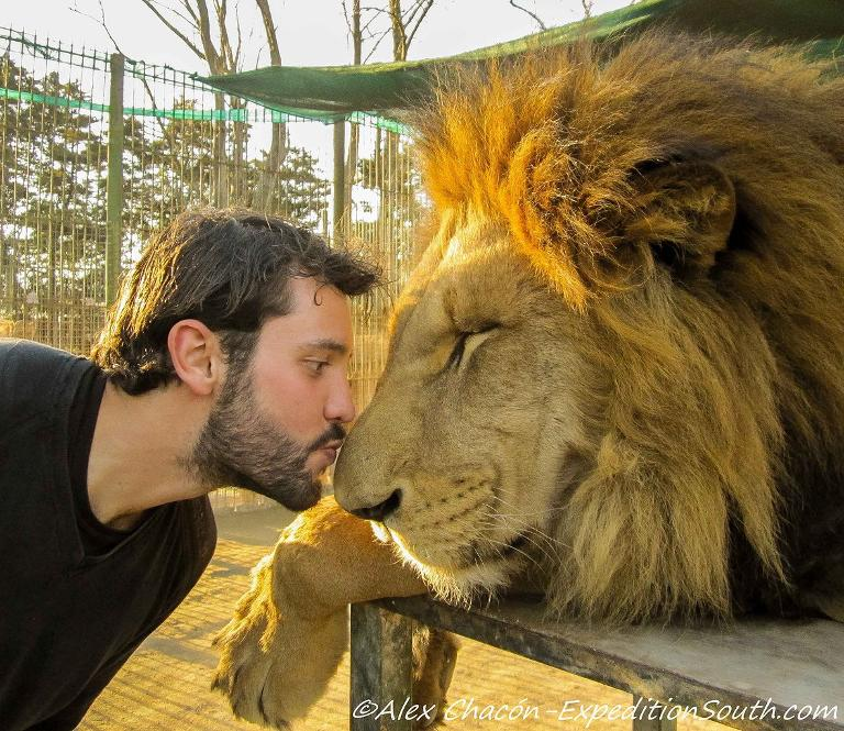 Alex Chacon gets around the world!  https://www. youtube.com/watch?v=VTlXtt QL_Yk &nbsp; …  #english #song #video #adventure #gopro #selfie #life #travel #world #английский<br>http://pic.twitter.com/V8bqzyoVZ2